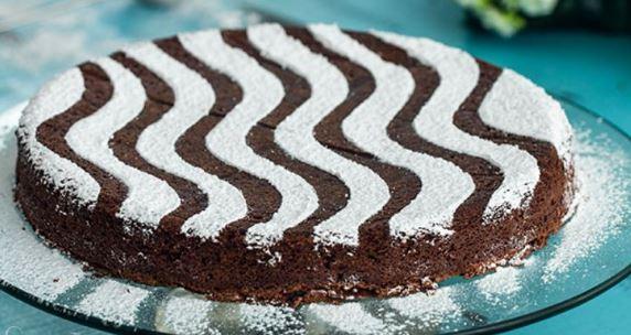 Κέικ σοκολάτας υγρό και πεντανόστιμο (Video)