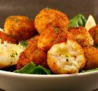 Μπακαλιαροκροκέτες με πατάτα