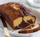Κέικ μαρμπρέ αφράτο και πεντανόστιμο (Video)