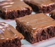 Σοκολατόπιτα πραλίνας πανεύκολη με 3 υλικά (Video)