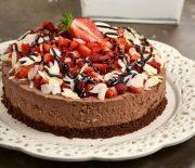 Cheesecake σοκολάτας με φράουλες