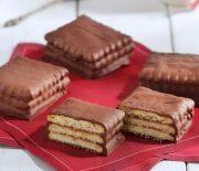 Σοκολατένια σαντουιτσάκια με 4 υλικά