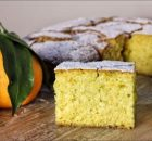 Αφράτο κέικ πορτοκαλιού χωρίς μίξερ νηστίσιμο (Video)