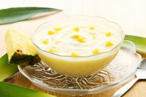 Γιαούρτι με ζελέ ανανά με 3 μόνο υλικά