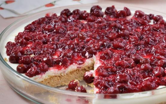 Cheesecake ψυγείου με βύσσινα πανεύκολο