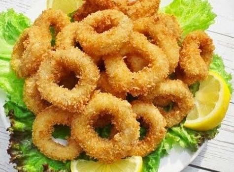 Καλαμαράκια τηγανιτά με τραγανή κρούστα που λιώνουν στο στόμα