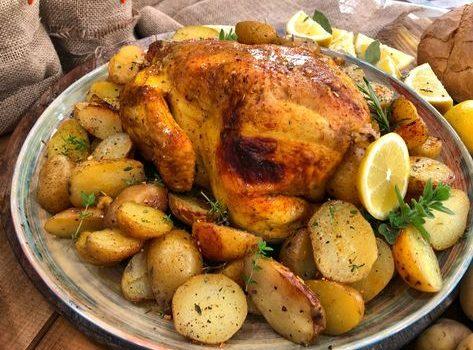 Το τέλειο ψητό κοτόπουλο με πατατούλες στο φούρνο