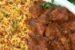 Χοιρινό κοκκινιστό και κριθαράκι με πιπεριές και ντομάτα