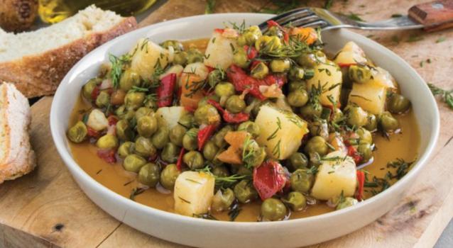 Αρακάς πεντανόστιμος με πιπεριές Φλωρίνης και μυρωδικά