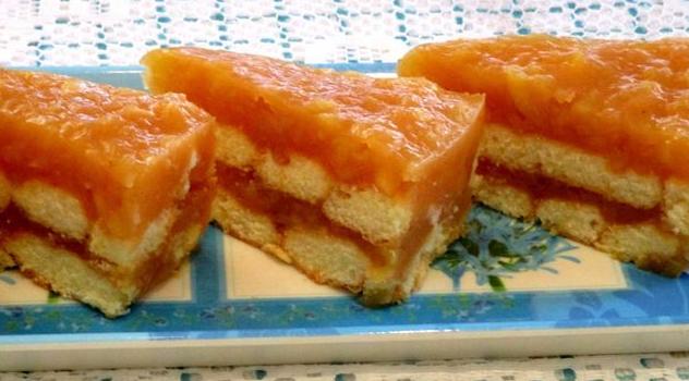 Γλυκό με μήλο και σαβαγιάρ χωρίς ψήσιμο
