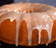 Νηστίσιμο κέικ πορτοκαλιού χωρίς μίξερ (Video)