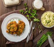 Σνίτσελ κοτόπουλο με πουρέ πατάτας