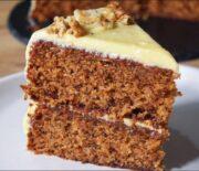 Κέικ καρότου πεντανόστιμο και αφράτο με κρέμα τυριού (Video)