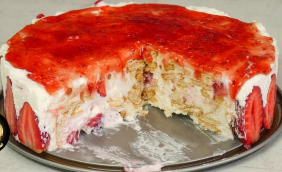 Δροσερό γιαουρτογλυκό ψυγείου με φράουλες (Video)