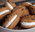 Παγωτό σάντουιτς cookies με 3 υλικά σε 5 λ (Video)