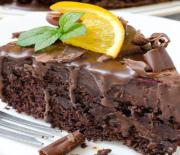 Κέικ σοκολάτας υγρό και μαστιχωτό με άρωμα πορτοκαλιού